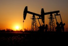 Photo of Oil Fails to Recover Despite Building up U.S. Gasoline Stocks